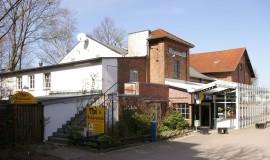 Aussenansicht Theater Wedel 2011